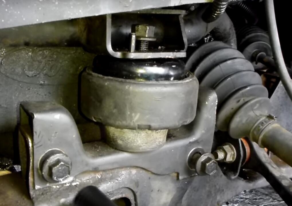 Change Engine Mount